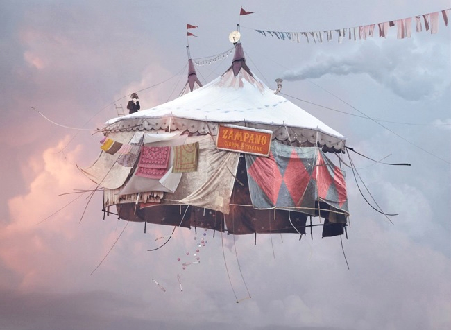 Flying tent, Laurent Chehere