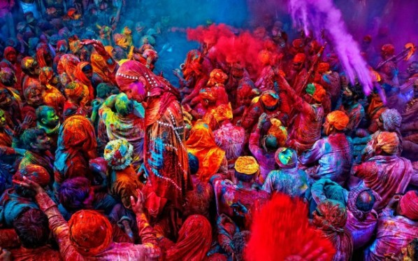 holi-festival-of-colours-wallpaper-650x406